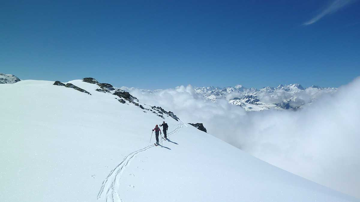 initiation-randonnee-maison-des-guides-et-de-la-montagne-ski-tour-safari-3-vallees-val-thorens