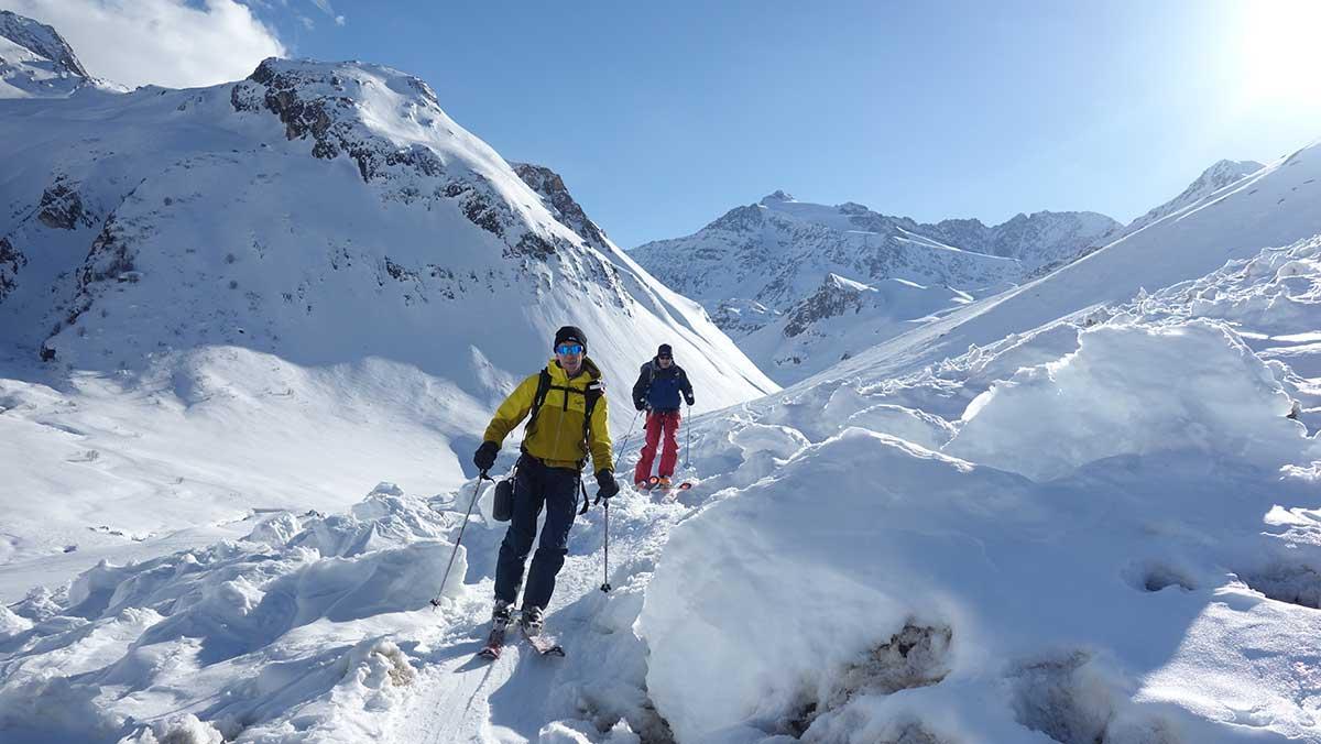 hors-piste-val-thorens-ski-de-randonee-maison-des-guides-et-de-la-montagne-3-vallees-vanoise