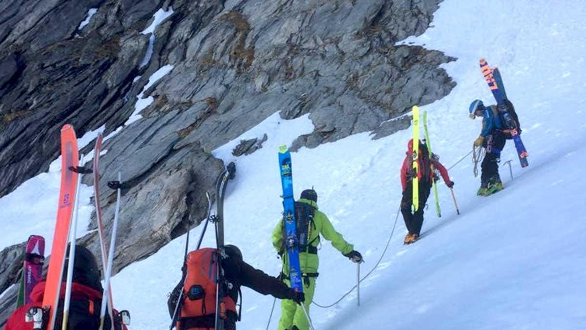 hors-piste-val-thorens-ski-de-randonee-maison-des-guides-et-de-la-montagne-chamonix-zermatt