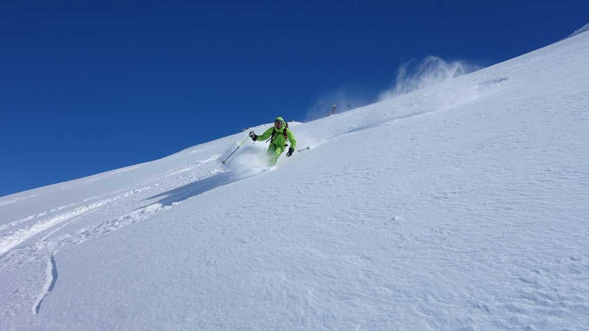 hors-piste-val-thorens-tignes-val-d-isere-maison-des-guides-et-de-la-montagne-ski-tour-safari-3-vallees